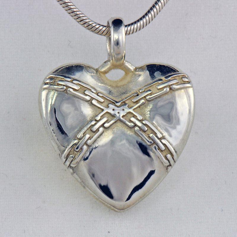 Erotikschmuck, Herzanhänger Chain Heart, Silber, Vorderseite