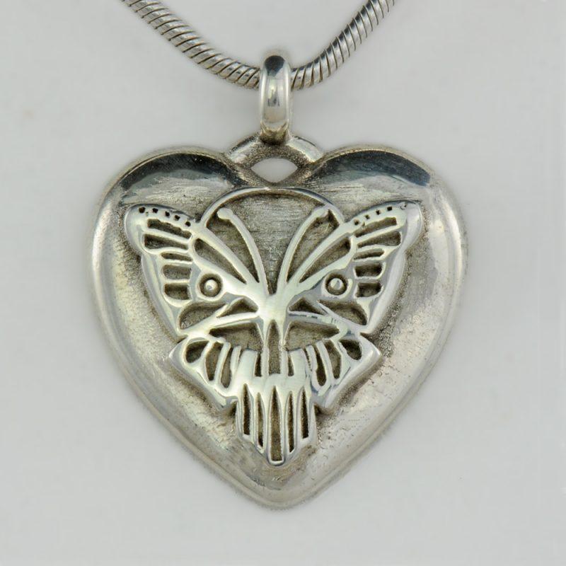 Herzanhänger Butterfly - exklusiver Silberanhänger - Herzanhänger - Schmetterling – Herz-Schmetterling - Gotik - Kult