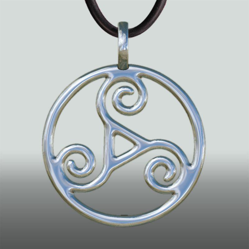 Triskele Anhaenger silber frontal - Silberanhänger - Symbol – BDSM - Keltikschmuck