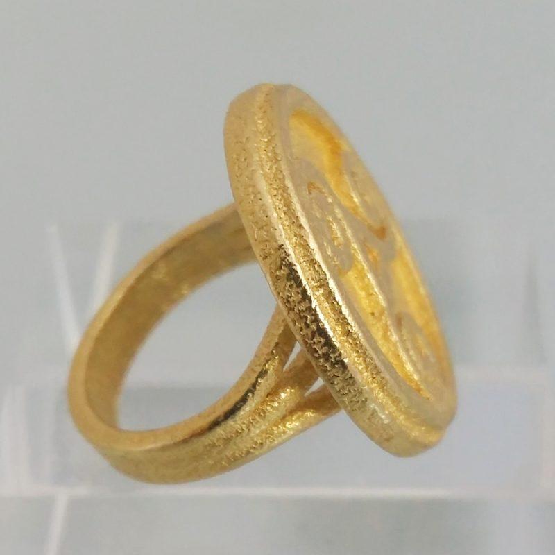 Triskele-ring_gold, Detailansicht, Prototyp 2